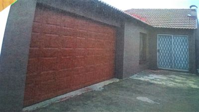 Property and Houses for sale in Vosloorus, House, 3 Bedrooms - ZAR 699,999