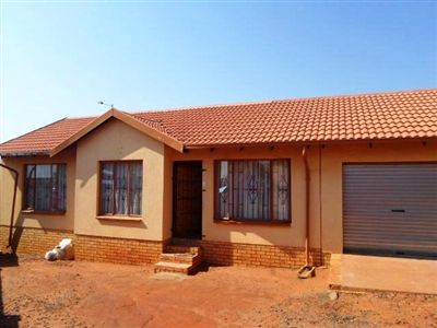 Tlhabane West property for sale. Ref No: 13260280. Picture no 1