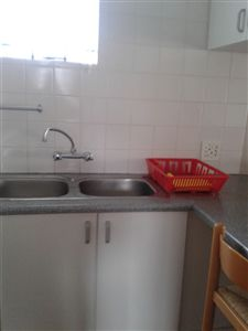 Middedorp property to rent. Ref No: 13267536. Picture no 5
