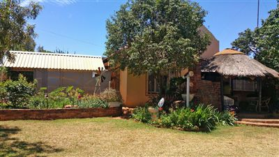 Rustenburg, Derby Property  | Houses For Sale Derby, Derby, House 5 bedrooms property for sale Price:749,000