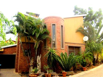 Rustenburg, Cashan & Ext Property    Houses For Sale Cashan & Ext, Cashan & Ext, Townhouse 3 bedrooms property for sale Price:1,800,000