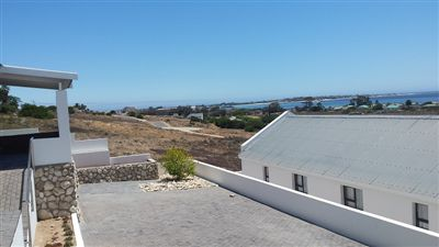 St Helena Bay property for sale. Ref No: 13287575. Picture no 41