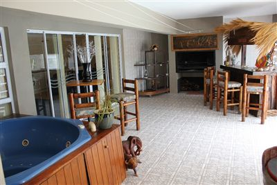 Middedorp property for sale. Ref No: 13271391. Picture no 8