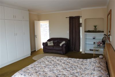 Middedorp property for sale. Ref No: 13271391. Picture no 28