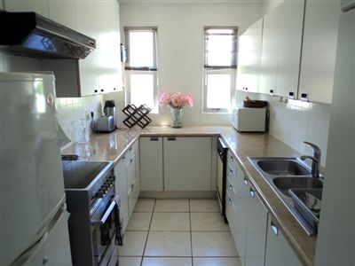 Sea Point property to rent. Ref No: 13272681. Picture no 7