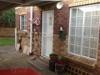 Willows property for sale. Ref No: 13272701. Picture no 1