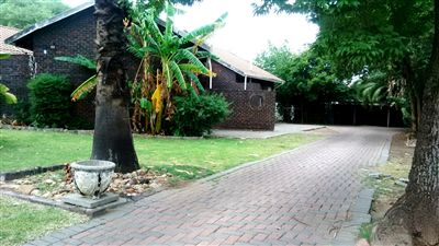 Rustenburg, Rustenburg North Property  | Houses For Sale Rustenburg North, Rustenburg North, Flats 3 bedrooms property for sale Price:750,000