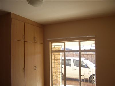 Oudorp property to rent. Ref No: 13350681. Picture no 10