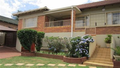 Property and Houses for sale in Cyrildene, House, 5 Bedrooms - ZAR 2,100,000
