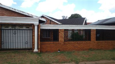 Spruit View property for sale. Ref No: 13277291. Picture no 1