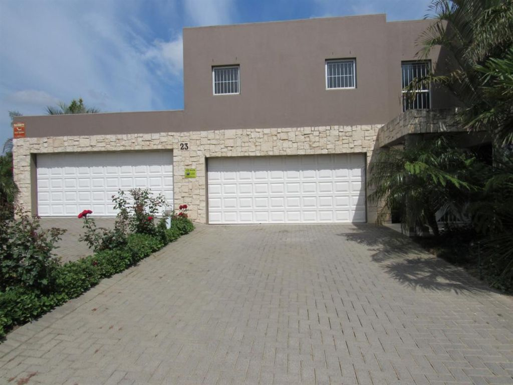Upmarket property for the Executive - The Crest, Durbanville