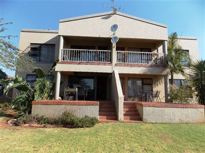 Roodepoort, Little Falls & Ext Property  | Houses For Sale Little Falls & Ext, Little Falls & Ext, House 2 bedrooms property for sale Price:630,000