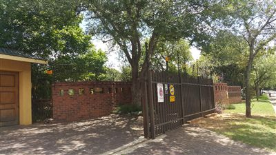 Germiston, Parkhill Gardens Property  | Houses For Sale Parkhill Gardens, Parkhill Gardens, House 4 bedrooms property for sale Price:1,700,000