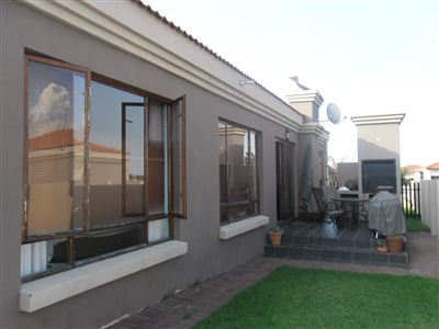 Townhouse for sale in Reyno Ridge