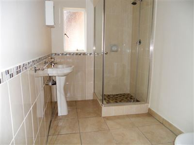 Hilton property to rent. Ref No: 13290588. Picture no 7