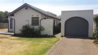 Germiston, Castleview Property  | Houses For Sale Castleview, Castleview, House 2 bedrooms property for sale Price:680,000