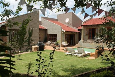 Property and Houses for sale in Moreletapark, House, 7 Bedrooms - ZAR 5,000,000