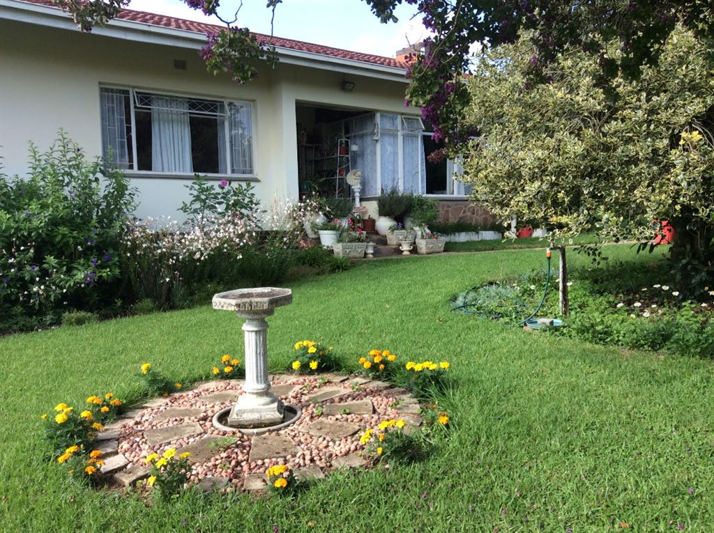 KZN Natal Midlands- Mooi River home -Price Reduced to R750k