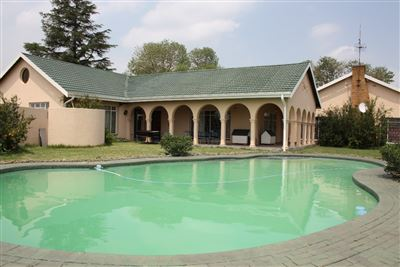 Property and Houses for sale in Heidelberg, Farms, 5 Bedrooms - ZAR 5,700,000