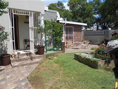 Potchefstroom, Suid Dorp Property  | Houses For Sale Suid Dorp, Suid Dorp, House 2 bedrooms property for sale Price:2,150,000
