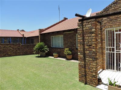 Witbank, Reyno Ridge & Ext Property  | Houses For Sale Reyno Ridge & Ext, Reyno Ridge & Ext, Townhouse 3 bedrooms property for sale Price:920,000