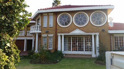 Property and Houses for sale in Benoni, House, 4 Bedrooms - ZAR 2,715,000