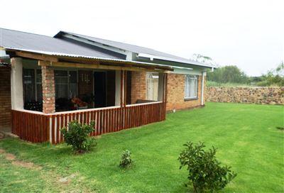 Ventersdorp property for sale. Ref No: 13290964. Picture no 1