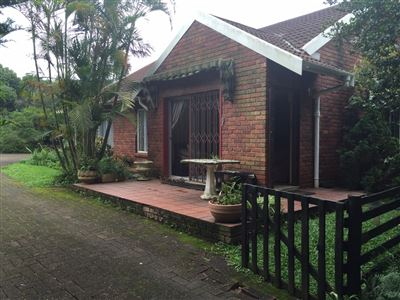 Townhouse for sale in Upper Ferncliffe