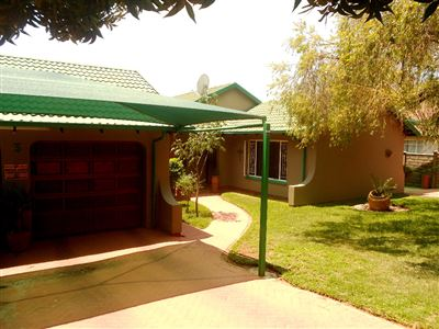 Rustenburg, Geelhoutpark & Ext Property  | Houses For Sale Geelhoutpark & Ext, Geelhoutpark & Ext, House 4 bedrooms property for sale Price:1,710,000