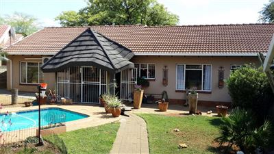 Rustenburg, Geelhoutpark & Ext Property  | Houses For Sale Geelhoutpark & Ext, Geelhoutpark & Ext, House 3 bedrooms property for sale Price:1,820,000