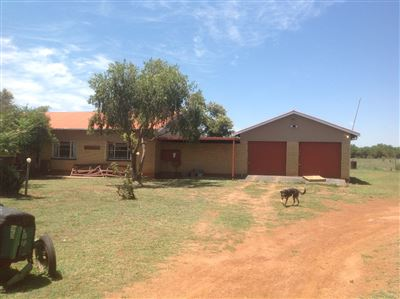 Kameelfontein property for sale. Ref No: 13296887. Picture no 2