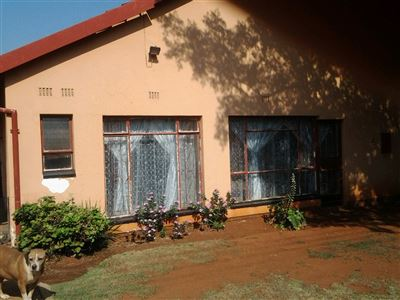 Property and Houses for sale in Leondale, House, 3 Bedrooms - ZAR 950,000