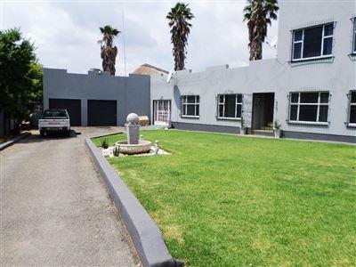 Ventersdorp property for sale. Ref No: 13298085. Picture no 1