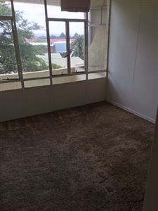 Lambton to rent property. Ref No: 13302216. Picture no 3