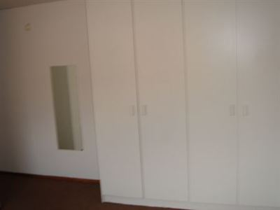 Forest Hill property to rent. Ref No: 13299207. Picture no 3