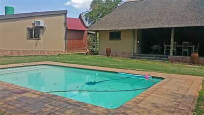 Rustenburg property for sale. Ref No: 13305719. Picture no 16