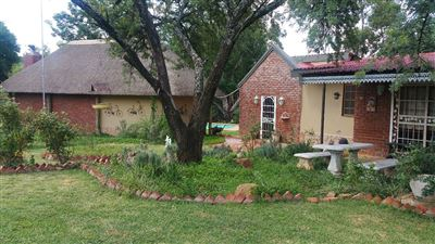 Rustenburg property for sale. Ref No: 13305719. Picture no 3