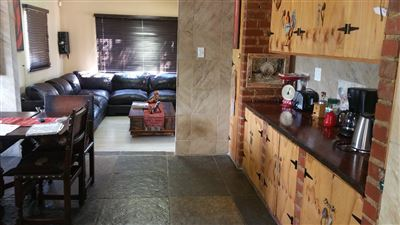 Rustenburg property for sale. Ref No: 13305719. Picture no 6