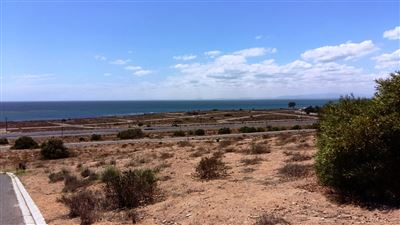 Da Gama Bay property for sale. Ref No: 13299253. Picture no 1