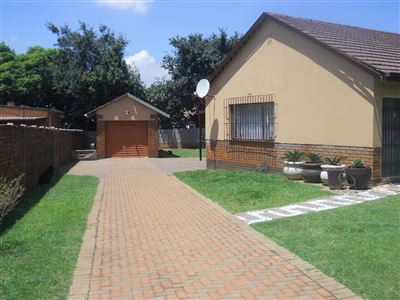 Germiston, Germiston Property  | Houses For Sale Germiston, Germiston, House 3 bedrooms property for sale Price:800,000