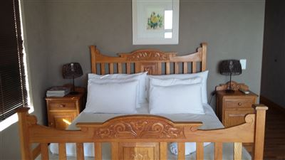 Yzerfontein property for sale. Ref No: 13413387. Picture no 32