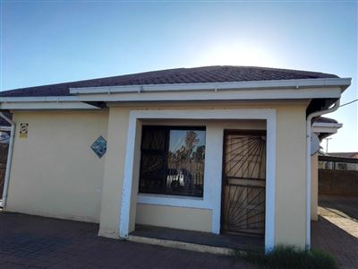 Bloemfontein, Grasslands Property  | Houses For Sale Grasslands, Grasslands, House 3 bedrooms property for sale Price:620,000