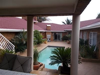 Property and Houses for sale in Meyersdal, House, 5 Bedrooms - ZAR 4,300,000