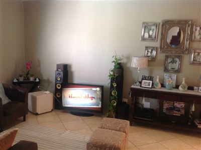 Kwaxuma, Jabulani Flats Property  | Houses For Sale Jabulani Flats, Jabulani Flats, House 2 bedrooms property for sale Price:390,000