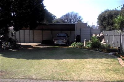 Witpoortjie & Ext property for sale. Ref No: 13304651. Picture no 42