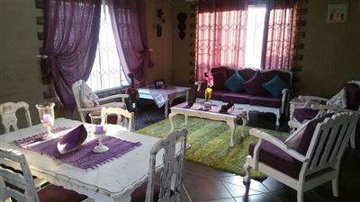 Rustenburg And Ext property for sale. Ref No: 13304637. Picture no 14