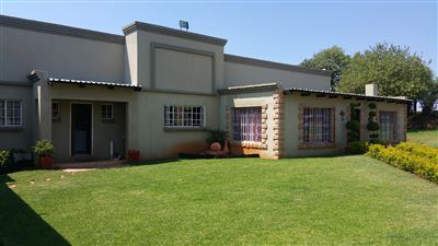Rustenburg And Ext property for sale. Ref No: 13304637. Picture no 2