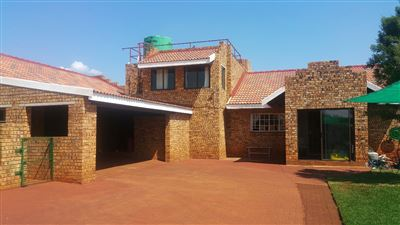 Rustenburg And Ext property for sale. Ref No: 13304637. Picture no 9