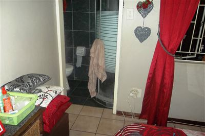 Middedorp property for sale. Ref No: 13304764. Picture no 11