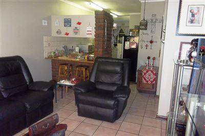Middedorp property for sale. Ref No: 13304764. Picture no 9